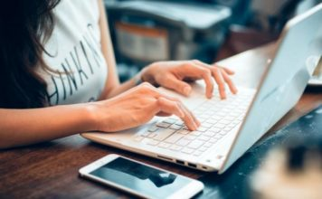 4 Pilihan Laptop Murah yang Cocok untuk Pelajar